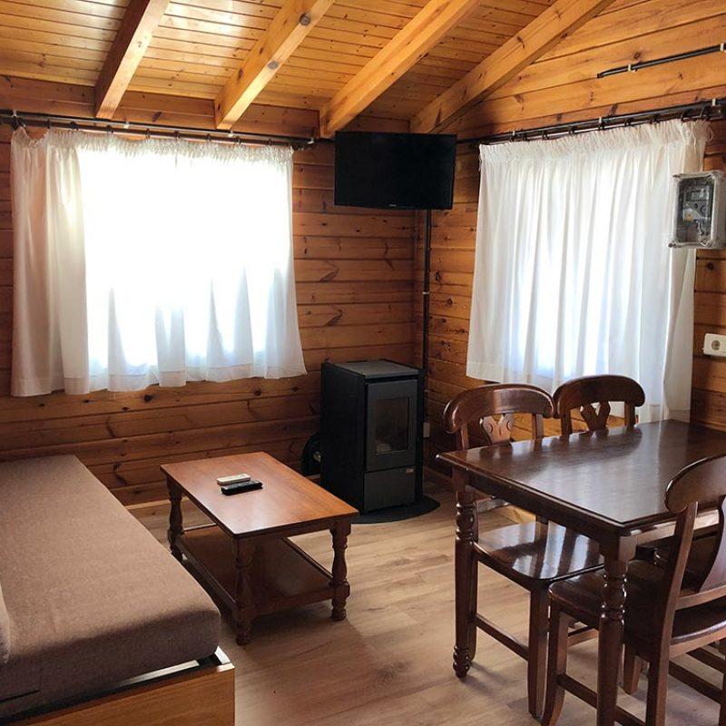 camping-bonterra-benicasim-chalet-a-comedor-nuevo2