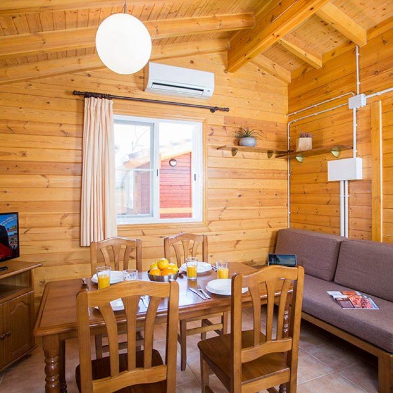 camping_bonterra_benicasim_chalet_c_interior