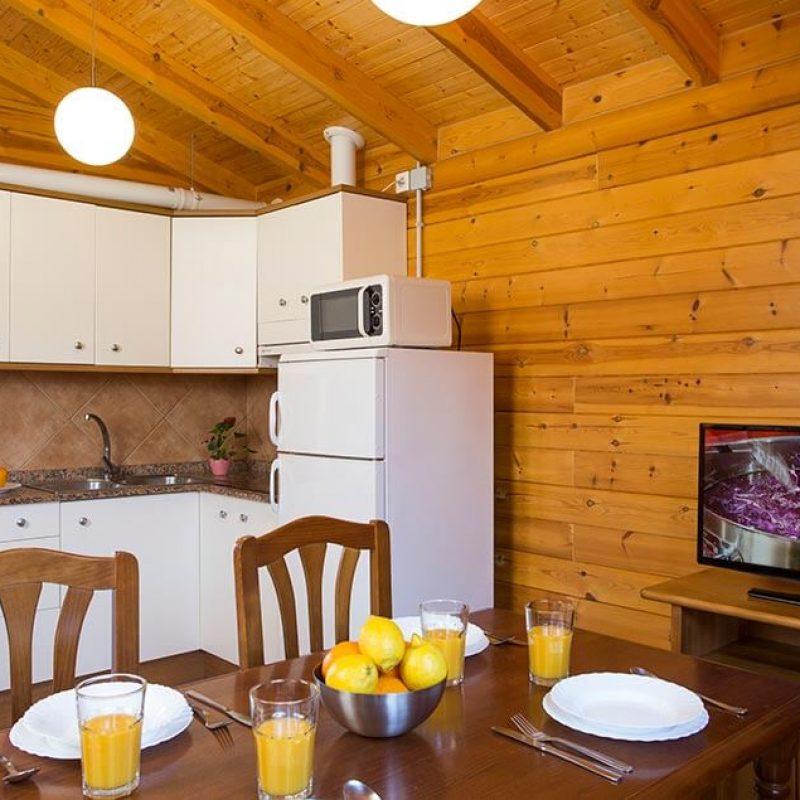 camping_bonterra_benicasim_chalet_c_interior2