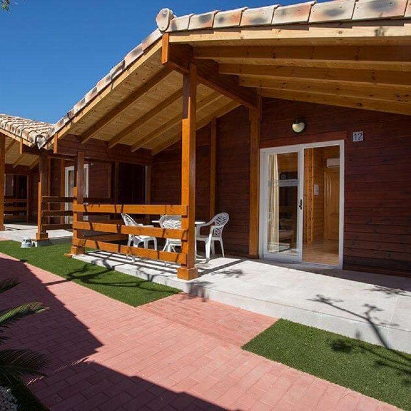 camping_bonterra_benicasim_chalet_d_exterior2